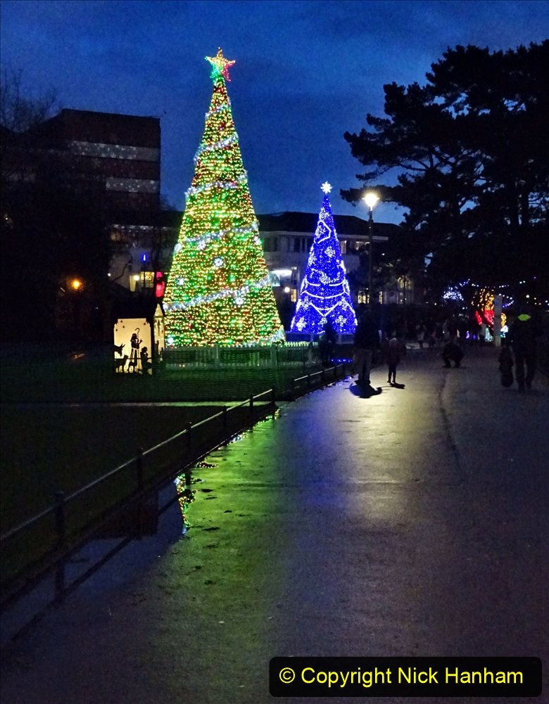 2019-12-12 Christmas Cracker & Bournemouth (87) 087