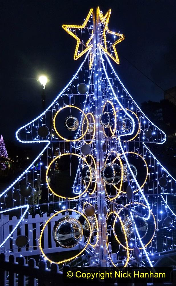 2019-12-12 Christmas Cracker & Bournemouth (96) 096
