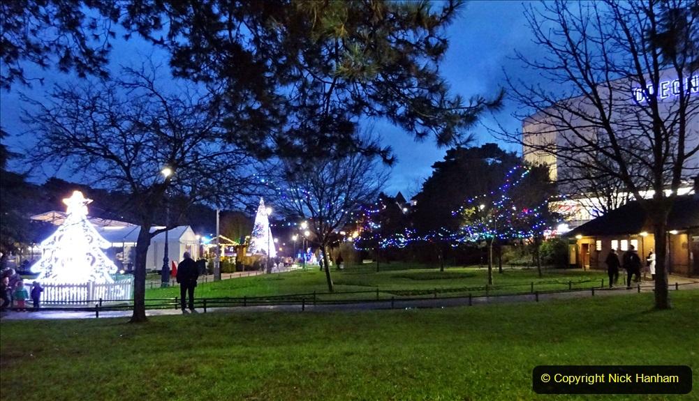 2019-12-12 Christmas Cracker & Bournemouth (97) 097