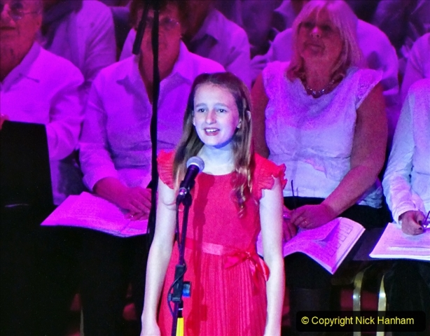 2019-12-12 Christmas Cracker & Bournemouth (25)  The Christmas Cracker Show in aid of the Compton organ fund. 025