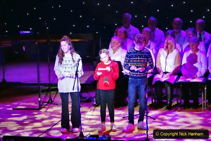 2019-12-12 Christmas Cracker & Bournemouth (37)  The Christmas Cracker Show in aid of the Compton organ fund. 037