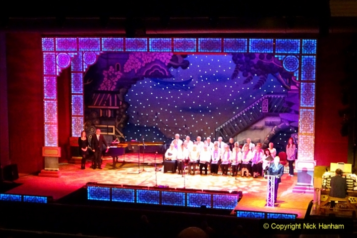 2019-12-12 Christmas Cracker & Bournemouth (41)  The Christmas Cracker Show in aid of the Compton organ fund. 041