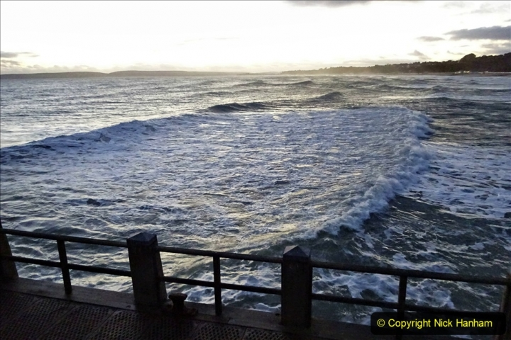 2019-12-12 Christmas Cracker & Bournemouth (74) Sunset. 074