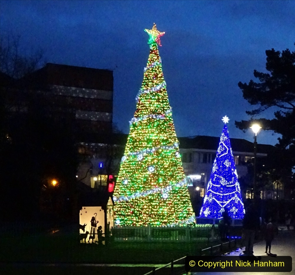 2019-12-12 Christmas Cracker & Bournemouth (88) 088