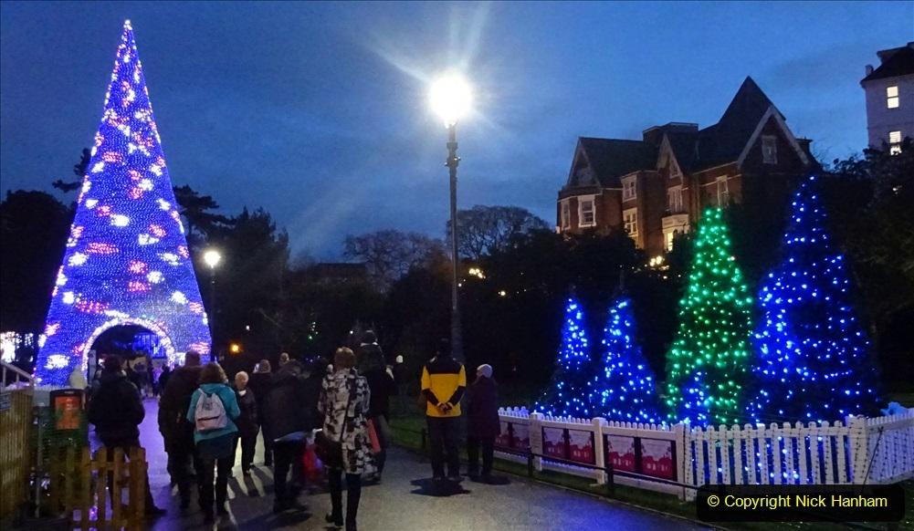 2019-12-12 Christmas Cracker & Bournemouth (94) 094