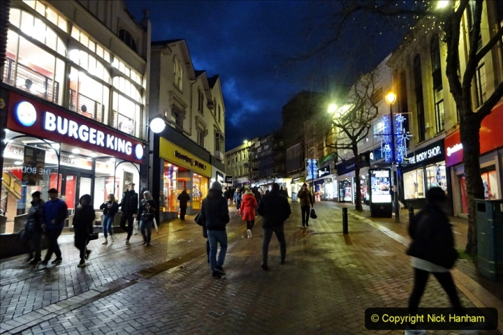 2019-12-12 Christmas Cracker & Bournemouth (98) Commercial Road.098