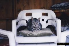 1998 Cleo. (20) 020