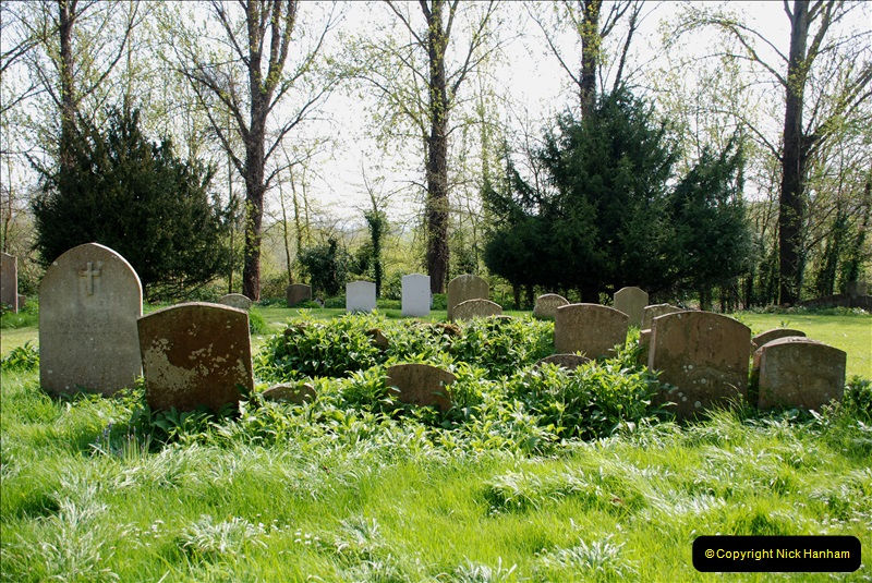 2019-04-14 to 15 Dorchester-on-Thames, Oxfordshire. (102) A walk near Dorchester and the River Thames. Little Wittenham Church. 105102