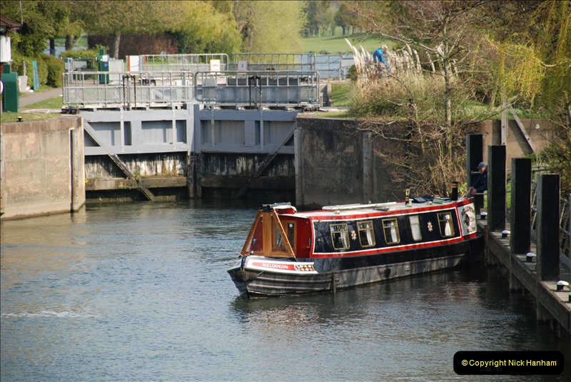 2019-04-14 to 15 Dorchester-on-Thames, Oxfordshire. (108) A walk near Dorchester and the River Thames. 111108