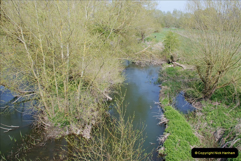 2019-04-14 to 15 Dorchester-on-Thames, Oxfordshire. (187) A walk near Dorchester and the River Thames. 190187