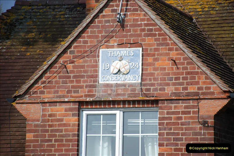 2019-04-14 to 15 Dorchester-on-Thames, Oxfordshire. (87) A walk near Dorchester and the River Thames. 90087