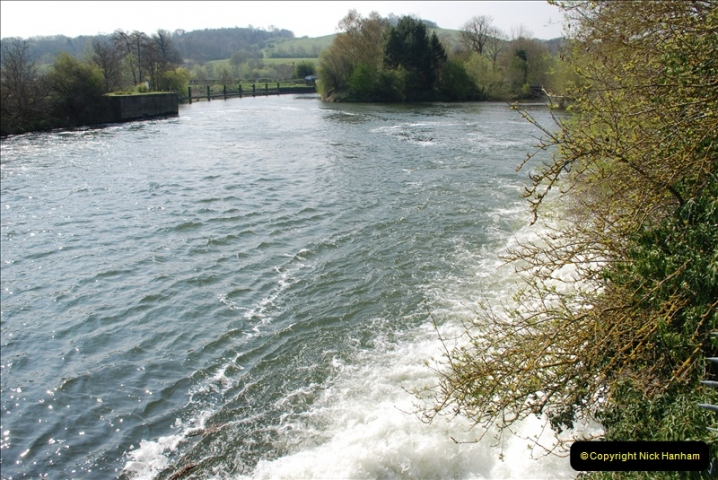 2019-04-14 to 15 Dorchester-on-Thames, Oxfordshire. (124) A walk near Dorchester and the River Thames. 127124