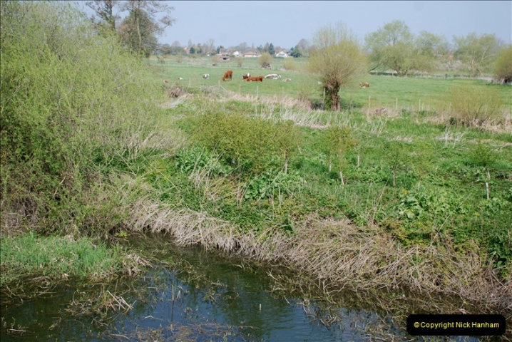 2019-04-14 to 15 Dorchester-on-Thames, Oxfordshire. (148) A walk near Dorchester and the River Thames. 151148
