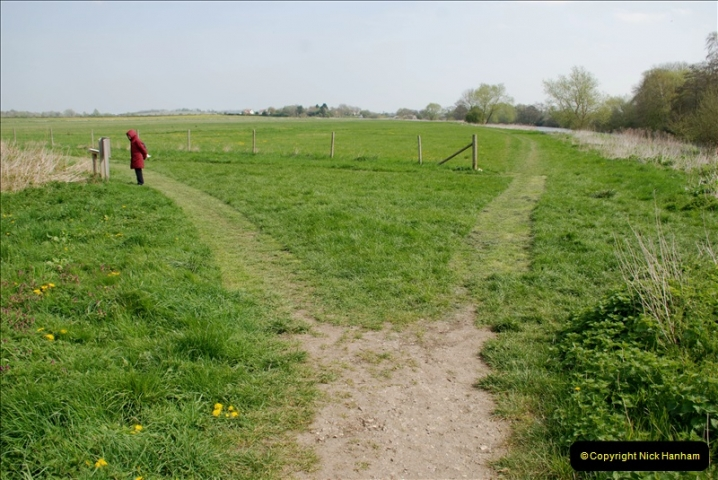 2019-04-14 to 15 Dorchester-on-Thames, Oxfordshire. (157) A walk near Dorchester and the River Thames. 160157