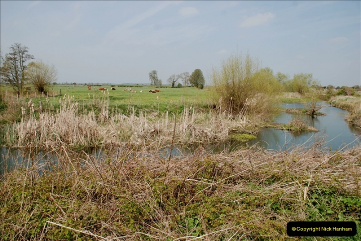 2019-04-14 to 15 Dorchester-on-Thames, Oxfordshire. (158) A walk near Dorchester and the River Thames. 161158