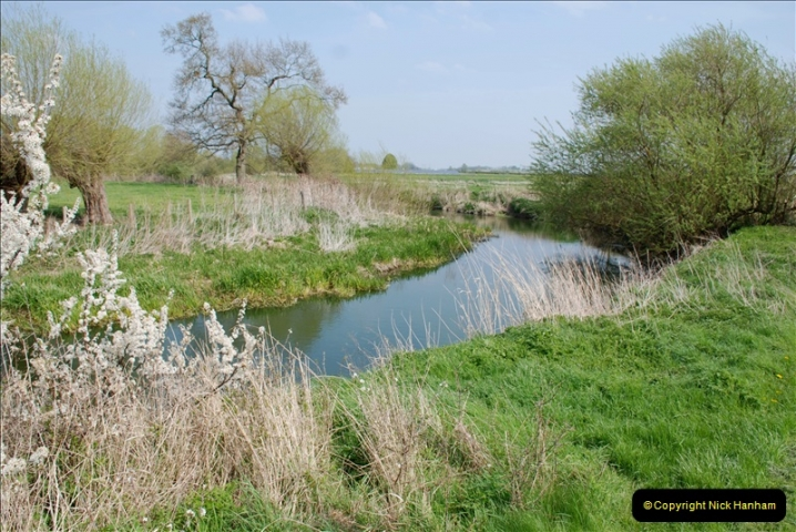 2019-04-14 to 15 Dorchester-on-Thames, Oxfordshire. (168) A walk near Dorchester and the River Thames. 171168