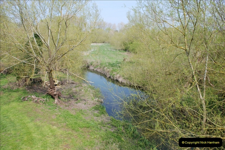 2019-04-14 to 15 Dorchester-on-Thames, Oxfordshire. (189) A walk near Dorchester and the River Thames. 192189