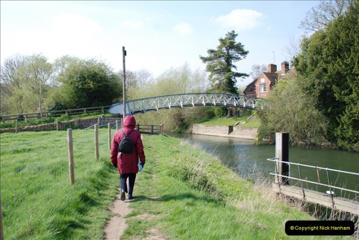 2019-04-14 to 15 Dorchester-on-Thames, Oxfordshire. (83) A walk near Dorchester and the River Thames. 86083