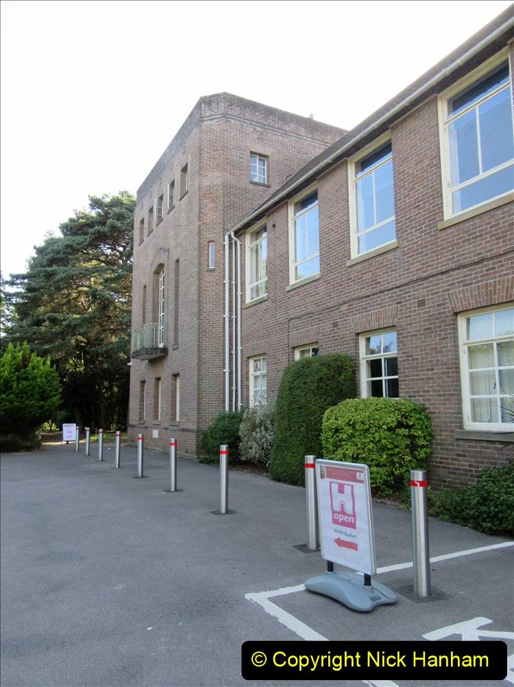 2019-09-14 WW2 Bomb Shelter at Talbot Heath School Bournemouth. (4) 04