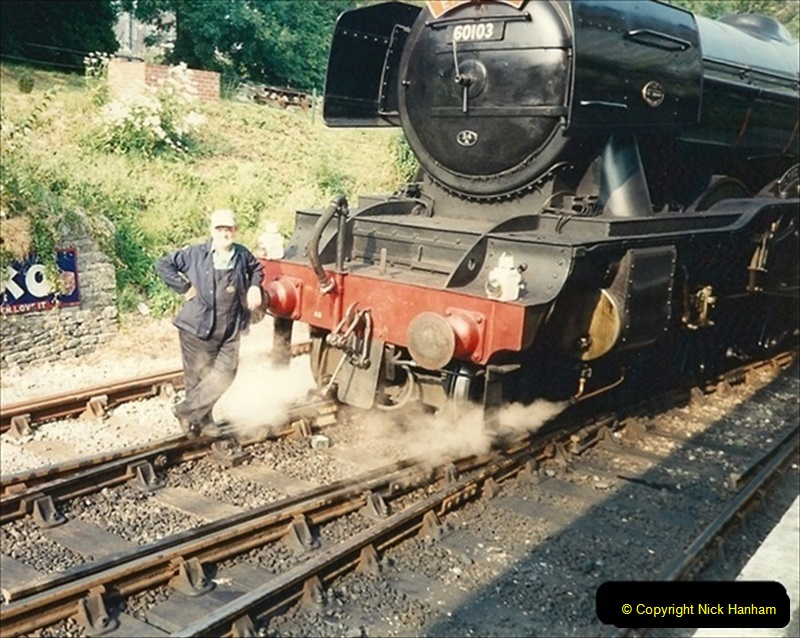 1994-07-18 to 22 Your Host spends a week driving Flying Scotsman.  (8) 029