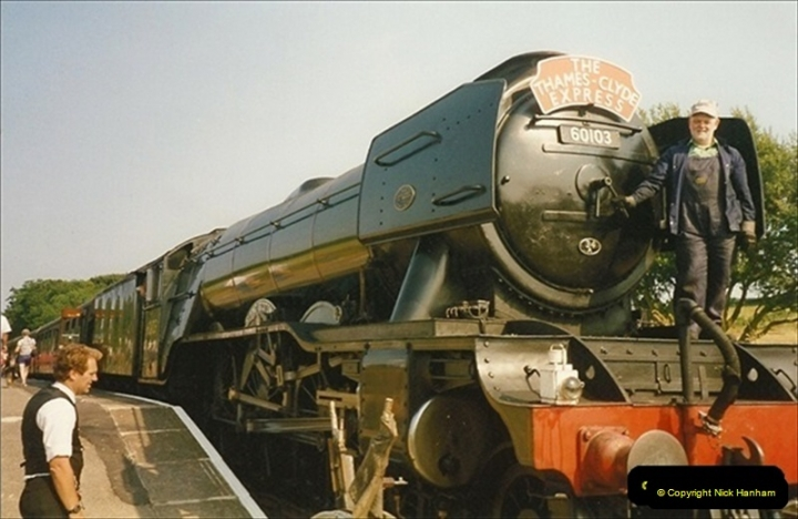 1994-07-18 to 22 Your Host spends a week driving Flying Scotsman.  (15) 036