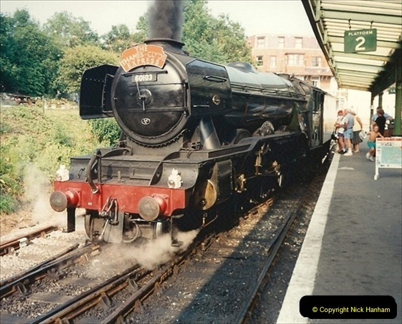 1994-07-18 to 22 Your Host spends a week driving Flying Scotsman.  (6) 027