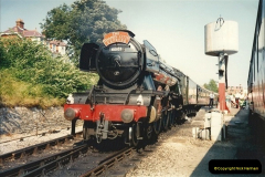 1994-07-18 to 22 Your Host spends a week driving Flying Scotsman.  (4) 025