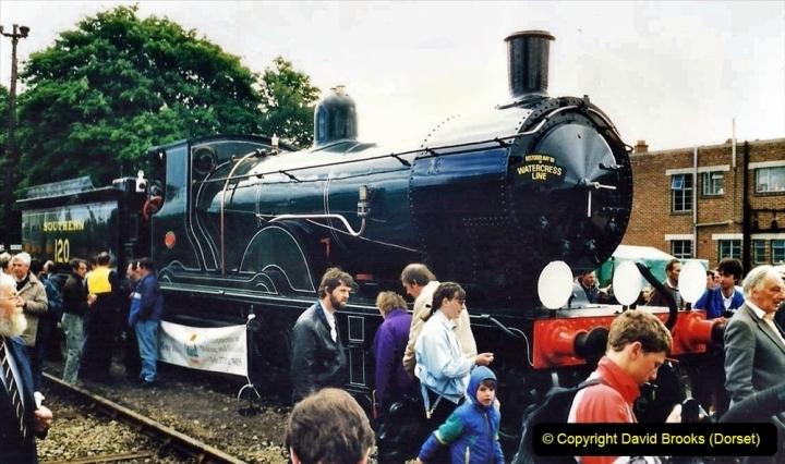 2009-08-20 Woking Rail 150. (14) 065