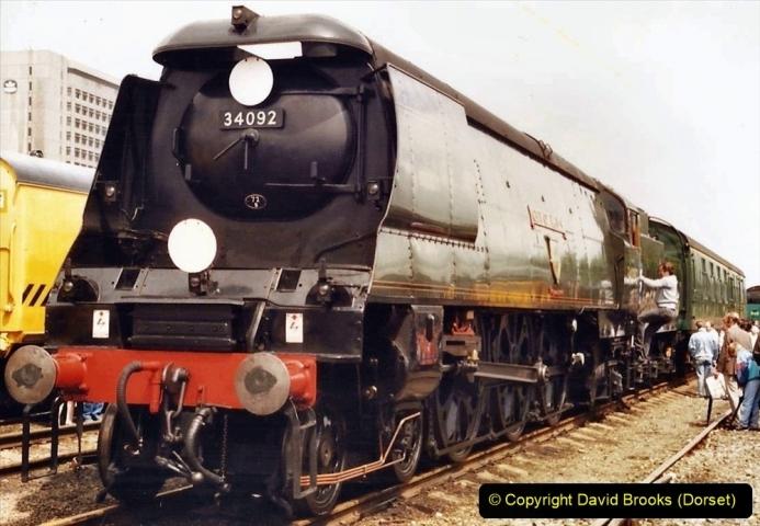 2009-08-20 Woking Rail 150. (19) 070