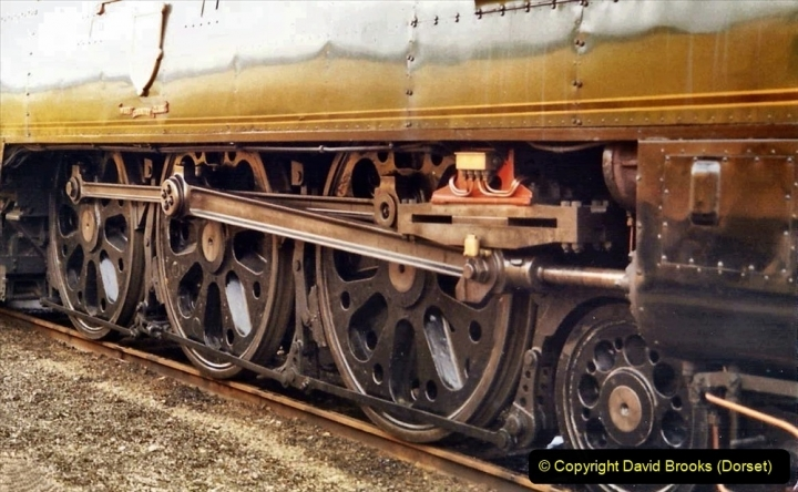 2009-08-20 Woking Rail 150. (22) 073