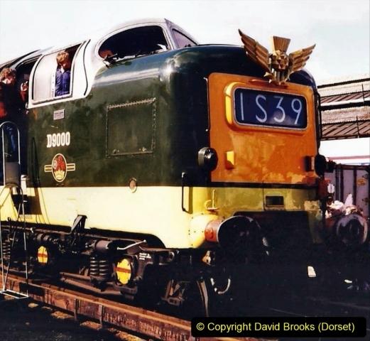 2009-08-20 Woking Rail 150. (28) 079