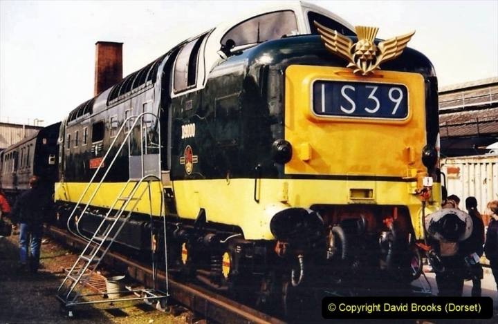 2009-08-20 Woking Rail 150. (29) 080