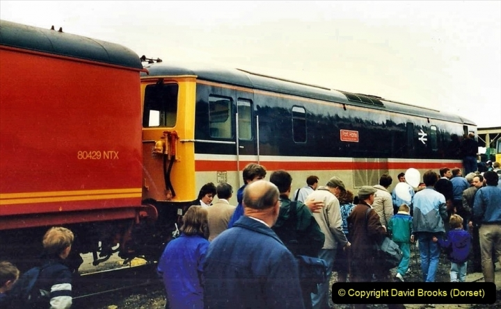 2009-08-20 Woking Rail 150. (36) 087