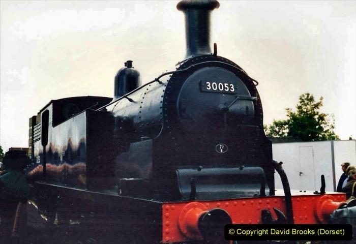 2009-08-20 Woking Rail 150. (4) 055