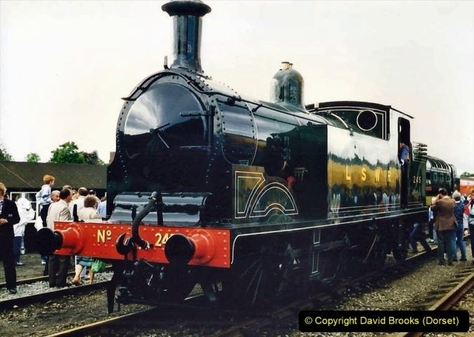 2009-08-20 Woking Rail 150. (5) 056