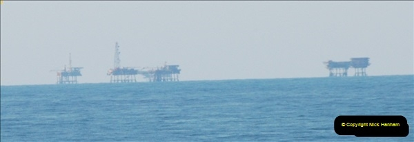 2012-06-02 North Sea Oil & Gas Platforms, Wind Farms & The River Thames.  (11)0565