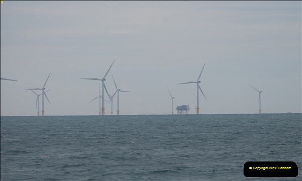 2012-06-02 North Sea Oil & Gas Platforms, Wind Farms & The River Thames.  (25)0579