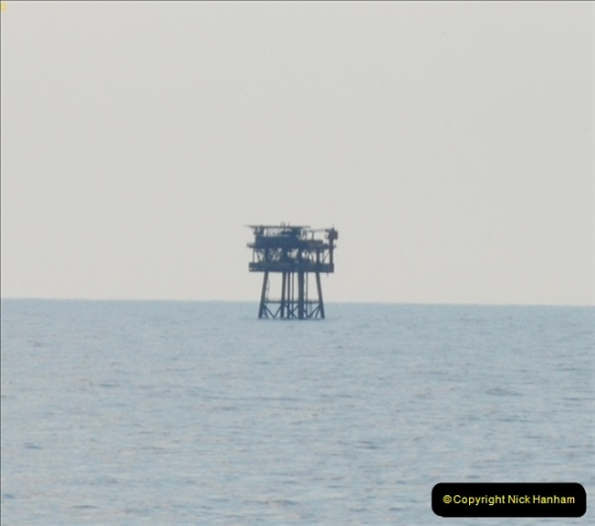 2012-06-02 North Sea Oil & Gas Platforms, Wind Farms & The River Thames.  (4)0558