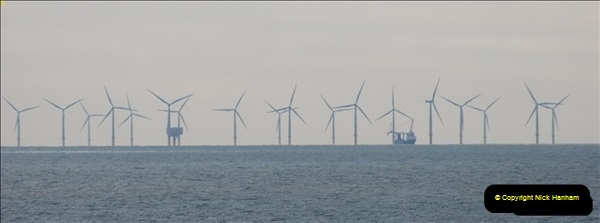 2012-06-02 North Sea Oil & Gas Platforms, Wind Farms & The River Thames.  (41)0595