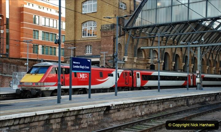 2019-12-15 London. (129) The 007 locomotive. 129