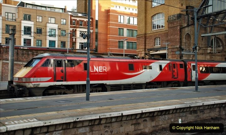 2019-12-15 London. (130) The 007 locomotive. 130