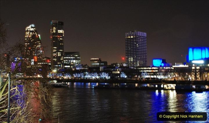 2019-12-15 London. (210) 210