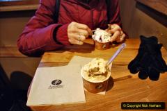 2019-12-15 London. (40) Always time for Italian Ice Cream. 040