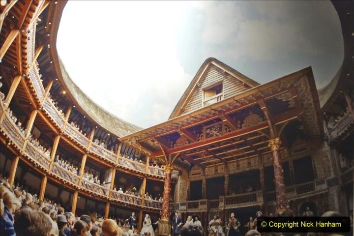 2019-12-16 London. (64) Thr Globe Theatre tour. 064