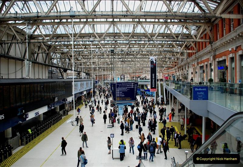 2019-04-30 London Waterloo. (17) 228