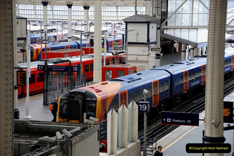 2019-04-30 London Waterloo. (9) 220