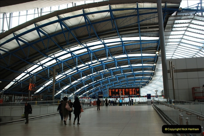 2019-04-30 London Waterloo. (5) The old Eurostar part of Waterloo now adapted for SWT trains. 216