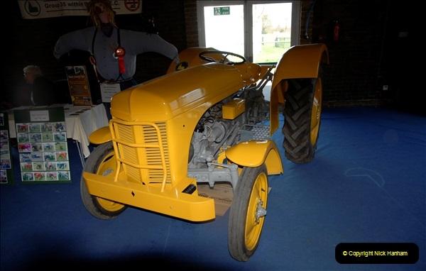 2011-04-09 M&D 100 at the Kent Showground. (242) 242