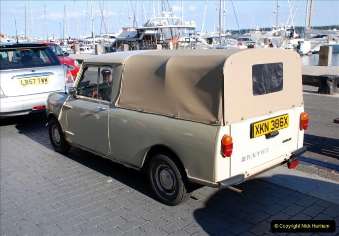 2019-07-12 Minis on Poole Quay. (82) 001