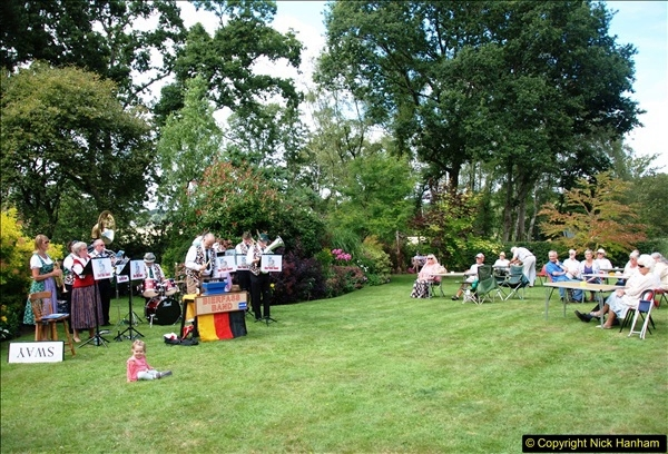 2015-08-09 Open Garden in aid of the Dorset Cancer Centre Holt, Wimborne, Dorset. (1)046